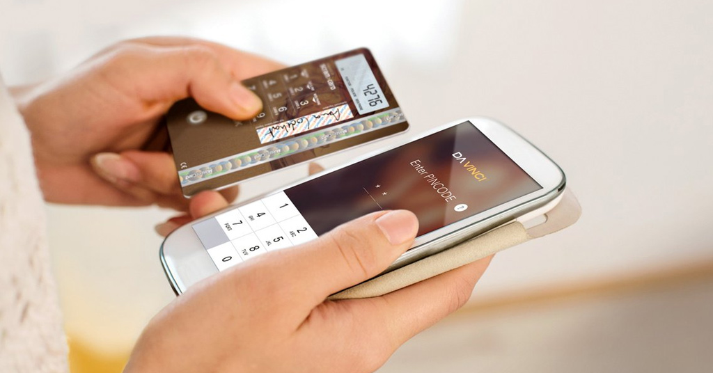 Инновационная карта Da Vinci Choice: изобретена платежная карта с временным ПИН-кодом и экраном