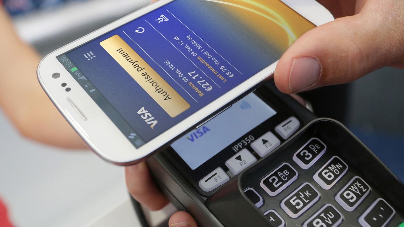 Как платить смартфоном: NFC-кошельки украинских банков