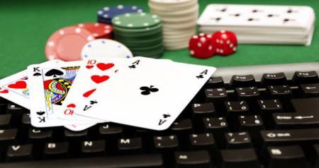 онлайн казино Космолот